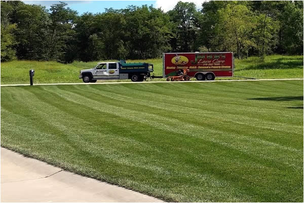 Lawn Mowing, Lawn Care, Landscape Maintenance Serving Cedar Rapids,  Hiawatha, Iowa | Jim Bobu0027s Lawn Care